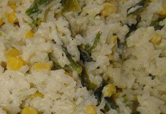 Arroz blanco con rajas de chile poblano