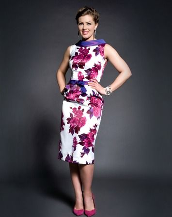 Renting this dress from @Rent frock Repeat is a fraction of the cost of buying it! #CDNmoney Purple Rose Print Collar Dress with Bow