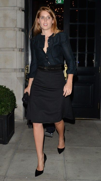Princess Beatrice opted for an all-black outfit for her and boyfriend, Dave Clark's night out.
