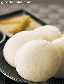 South indian cuisine is almost synonymous with idli! idli is not only easy to make but also extremely healthy and easy to digest. In fact, when stranded on a highway with nothing to eat, people wouldn't hesitate to walk into a roadside hotel and buy a few idlis, as it is steamed, and therefore quite safe to eat anywhere!