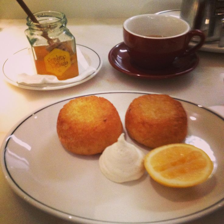 #homestyle #crumpets #breakfast treat in #melbourne #laneway #honey #tea #comfortfood