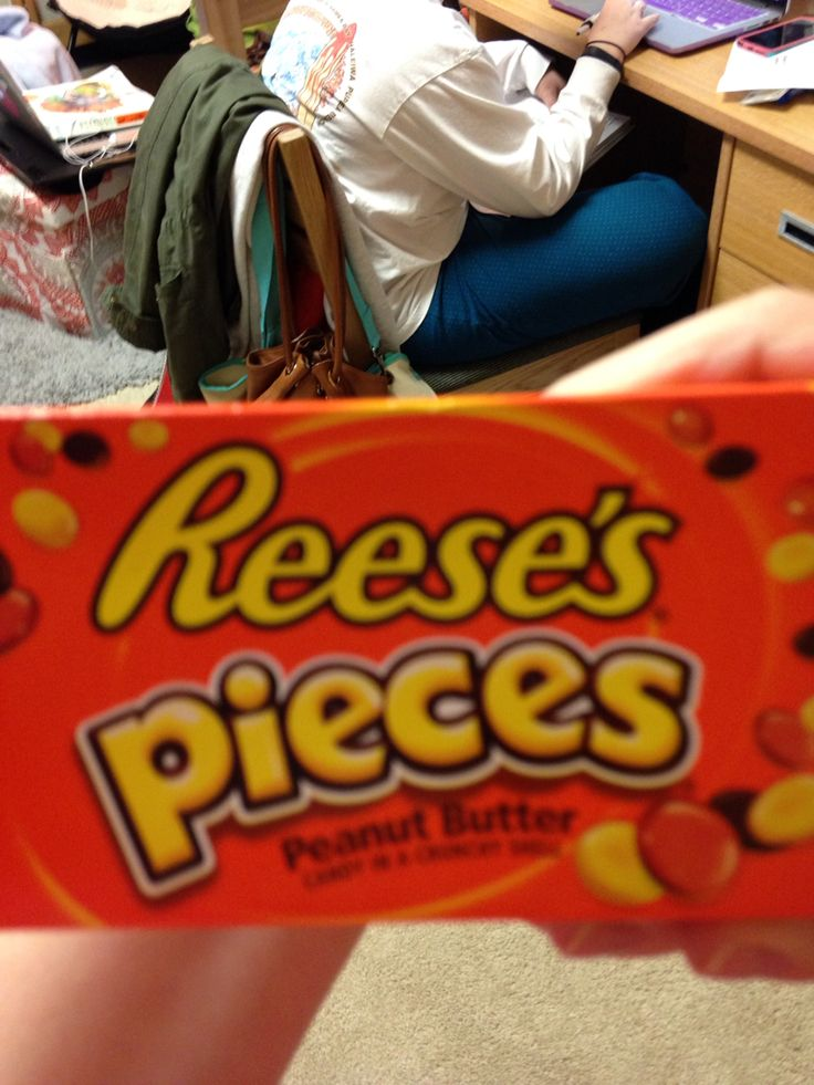 Bold Fonts And Colors For Reeses Pieces Art 120 Pinterest