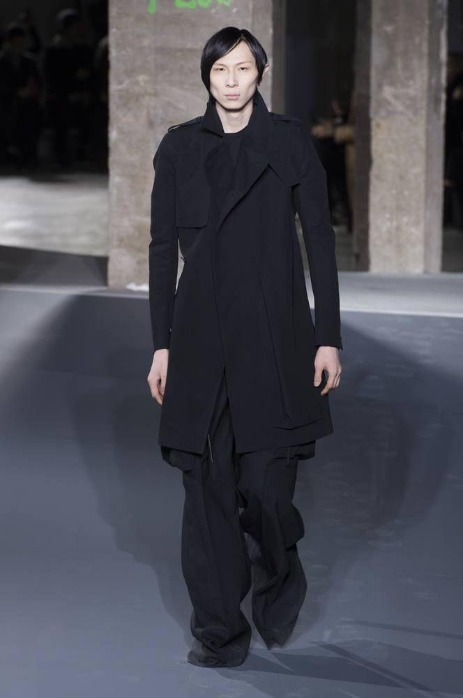 Male Fashion Trends: Rick Owens Fall/Winter 2016/17 - Paris Fashion Week