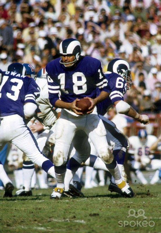 Los Angeles Rams quarterback Roman Gabriel (18) at the line of scrimmage against the Denver Broncos at the Coliseum. The Broncos defeated the Rams 16-10.