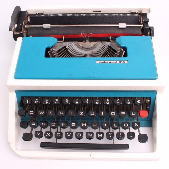 Mechanický psací stroj Underwood 315