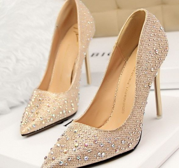 d0f82fe6840 stilettos-zapatos-brillantina-online-tacon-1-rosa-envio-gratis-dorado -tienda-1-ropa-vamp-louboutin-brillantes-zapatos rojo-tacones rojo-stilettos  ...