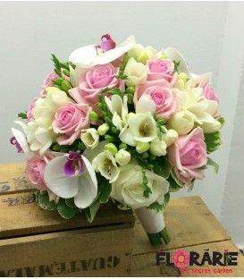 Buchet cununie trandafiri roz si orhidee phalaenopsis red lips