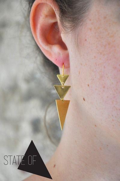 Messing Ohrringe Dreieck Geometrie Minimalistisch  von State of A auf DaWanda.com