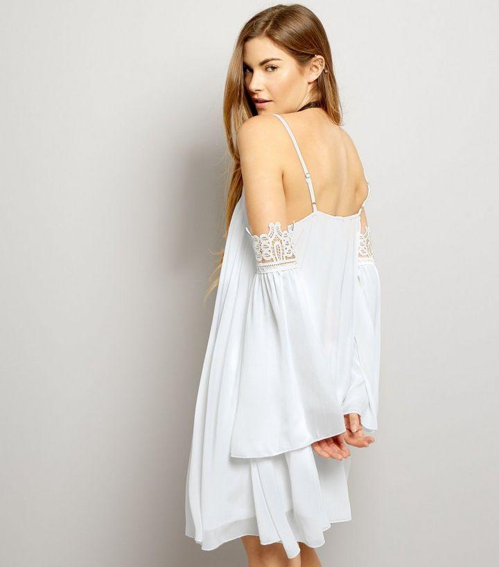 Parisian – Weißes, schulterfreies Kleid mit Häkelrand   New Look