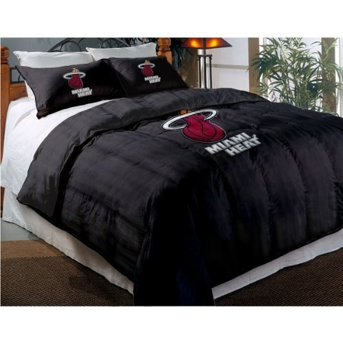 NBA Miami Heat Twin Full Sized Comforter with Shams by Northwest  http. 59 best Miami Heat Fan for Life images on Pinterest   Heat fan