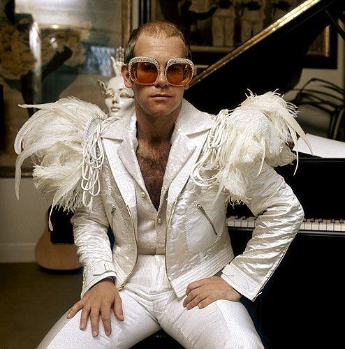 white feathered elton: Music, 1970 S, 1970S, Artist, Elton John, Photo, Eltonjohn, Sir Elton