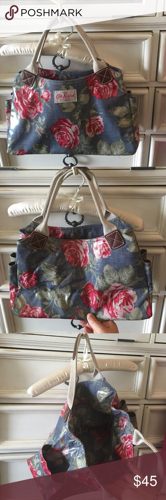 Catch Kidston flower bag Pretty flower bag coated for easy cleaning, very popular in United Kingdom. Like new bought in London last summer. Cath kidston Bags Satchels