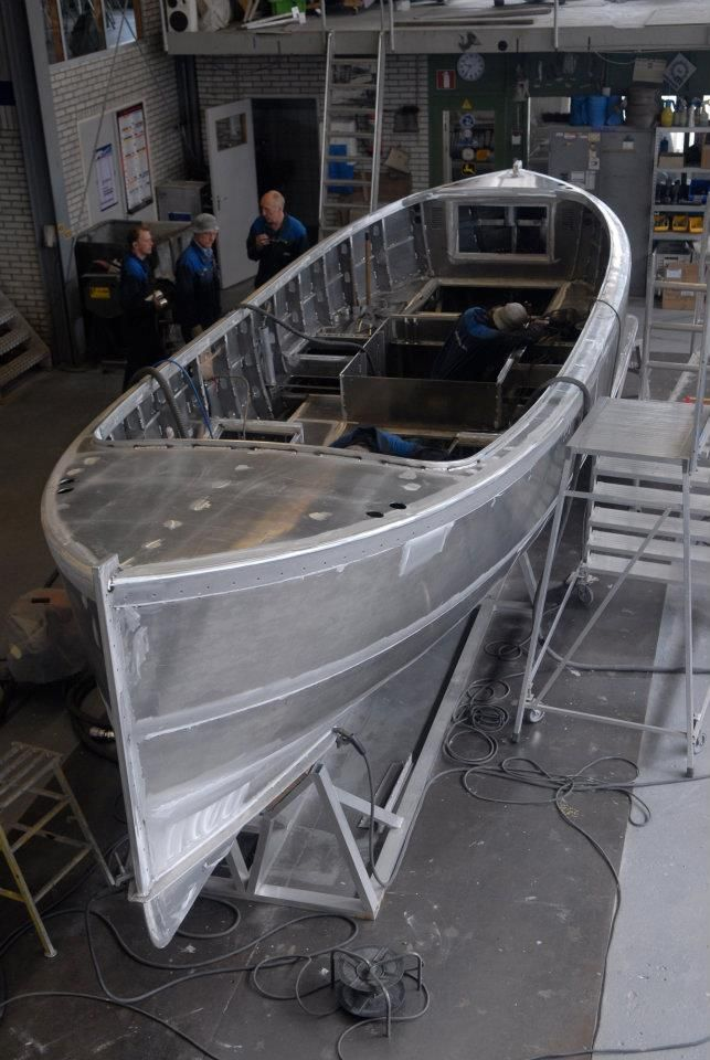 Aluminum Boat Construction : Best barcos images on pinterest boats cat design and