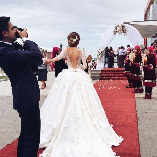 I love this wedding shot