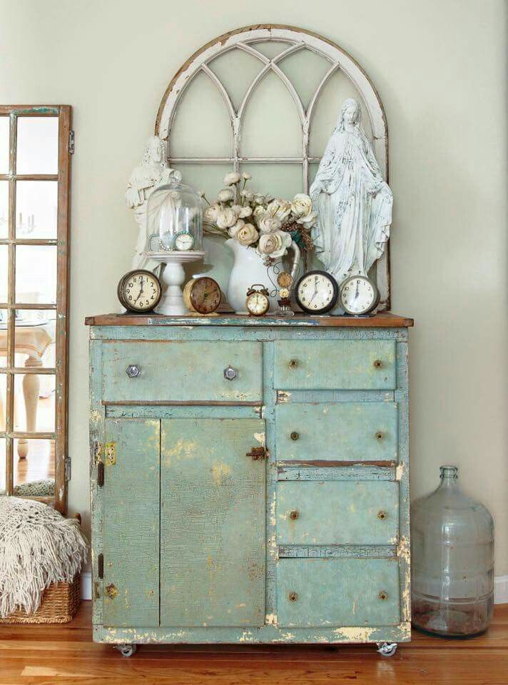 430 best images about chippy distressed shabby painted for Deco shabby chic en ligne