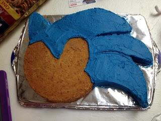 Dragonflies@Dawn: Sonic the Hedgehog Cake Tutorial