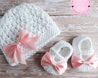 Crochet Baby Hat and Crochet Baby Booties Set Baby by LoopsInBloom