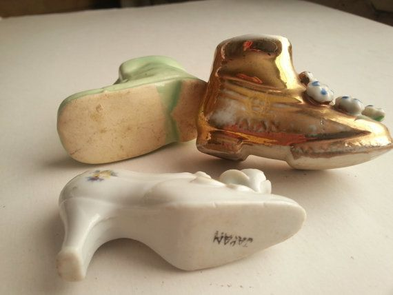 3 vintage miniature shoes . vintage pottery shoes . by GTDesigns