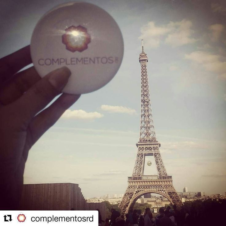 Vale la pena recordar que amar sin arrepentimientos es Amar cada instante de nuestras vidas. #tbt #complementosrd #lavidaesbella#quevivaelamor  #Repost @complementosrd with @repostapp  Love  with no regrets.  Ama  sin arrepentimientos.  #tbt #paris #eiffeltower #france #love #noregrets #byou #becomplete