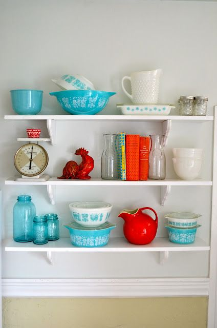 I have the exact turquoise dishes on the bottom shelf. Can't believe they are on here!!!  luvinthemommyhood: weekend wishes