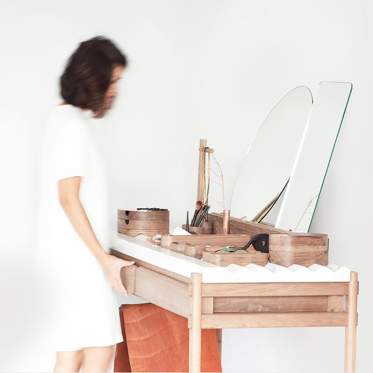 Using the HIMANDHER Dressing Table Drawers
