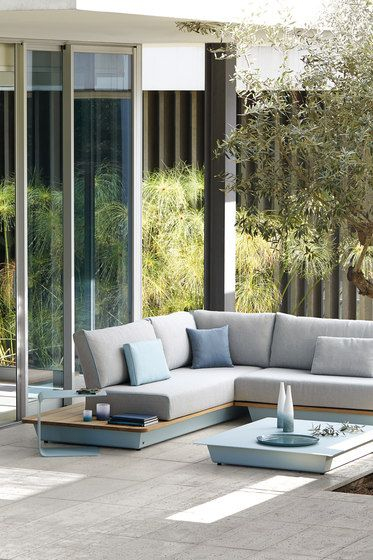 Garden sofas | Garden lounge | Air | Manutti. Check it out on Architonic