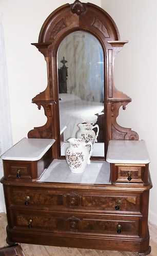 AMERICAN VICTORIAN 3-PC BEDROOM SET WALNUT MARBLE