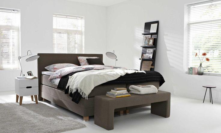 boxspring sense 405 bedroom slaapkamer boxsprings. Black Bedroom Furniture Sets. Home Design Ideas