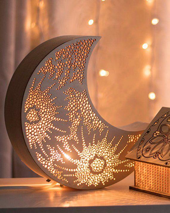 Croissant De Lune Nuit Lumiere Lampe En Bois Accent Luna Etsy Homedecoraccessories Wooden Bedside Lamps Home Decor Accessories Handmade Home Decor