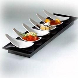 Entity 16 Degusto - Set finger food vassoio e 6 cucchiai black/white in melamina 100% - Mebel