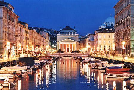 Trieste, Italia Canale http://www.sloveniaforyou.com/Images/Trieste_Canale.jpg