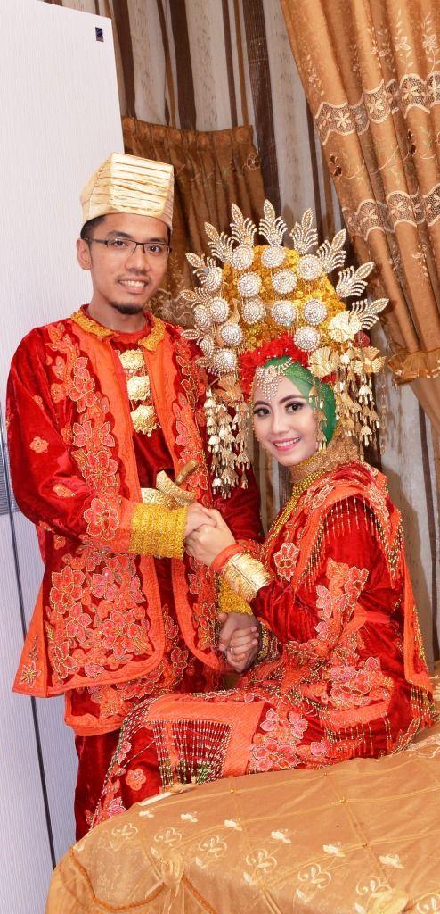 Minang Wedding with Suntiang