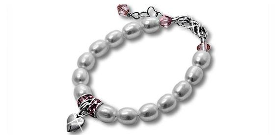 Hearts Bracelet - Beautiful Keepsake Bracelet. Find it at www.giftedmemoriesjewellery.com.au