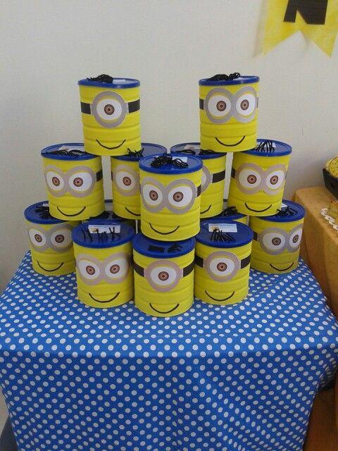 Souvenirs lata decorada con golosinas
