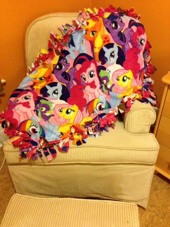 Hey, I found this really awesome Etsy listing at https://www.etsy.com/listing/199697050/my-little-pony-fleece-blanket-youth-size