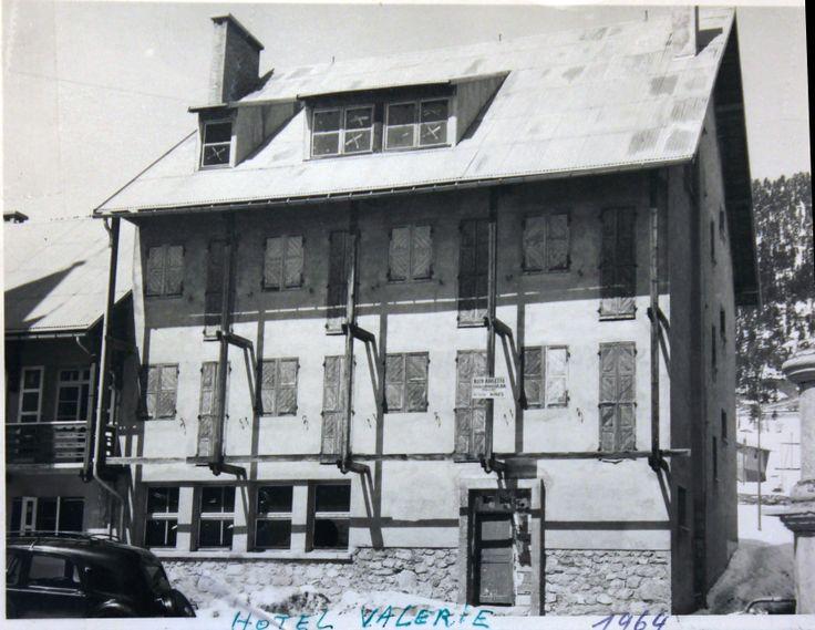Hotel valerie en construction 1964