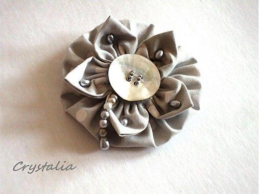 crystalia / Pearl Grey ... handmade fabric brooch