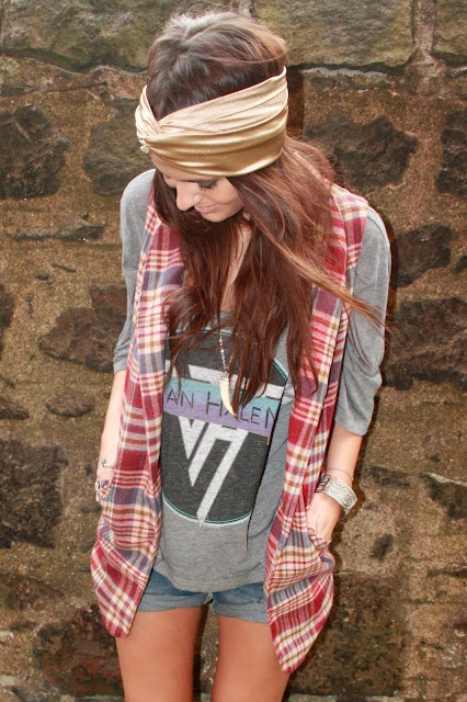 <3 lovin the flannel vest. oh man!   and the Van Halen tee, doesnt get any better than that.