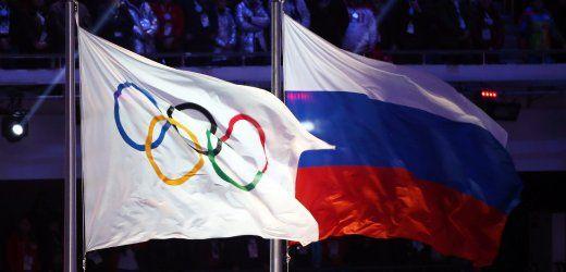 Ausschluß russicher Leichtathtleten von Olympia 2016 wegen Dopings - Die olympische und die russische Flagge