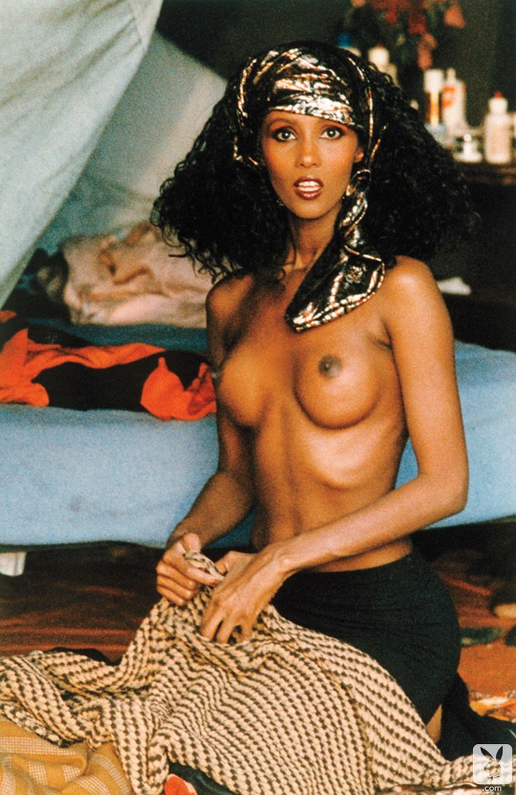 Women get naked in somali — img 6