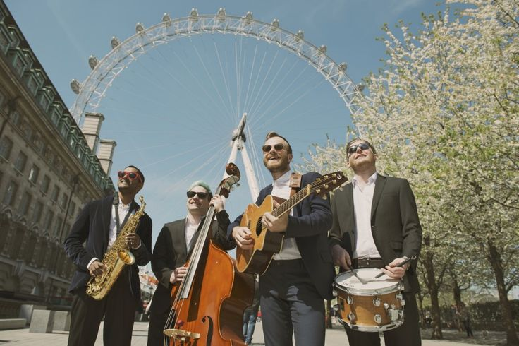 The Roving Rabble - Acoustic Roaming Band