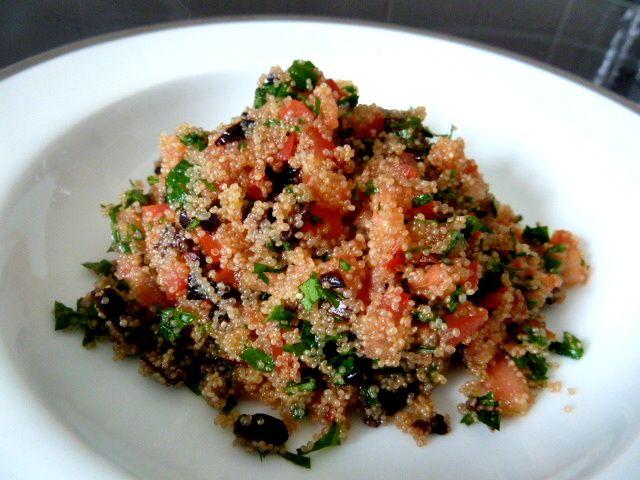 AMARANTE EN TABOULÉ , préparation sans gluten avec de petites graines qui rappellent la recette originale, enrichie en végétaux dont la vitamine C