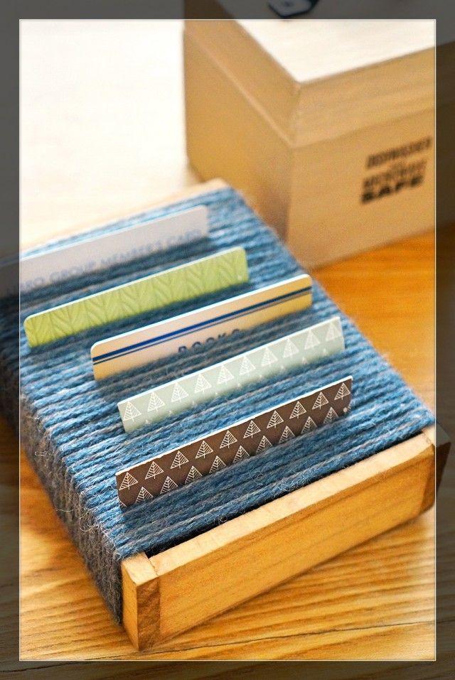 毛糸とトレイで簡単!巻くだけ!見せるショップカード収納☆|暮らしニスタ
