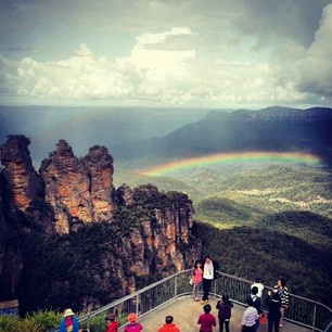 Rainbow over the Three Sisiters, Blue Mountains NP near Sydney #Australia by penderwood (instagram)