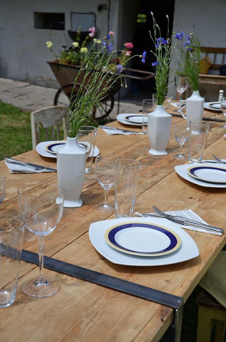 ReNika: Birthday party - custom-made tables