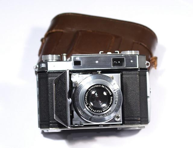 Kodak Retina IIa Type 150 by Laszlo_Gerencser, via Flickr http://cameraclasic.blogspot.com