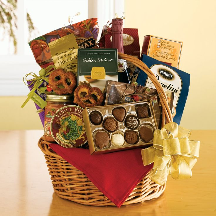 43 best christmas gift baskets images on pinterest for Make your own christmas gift baskets