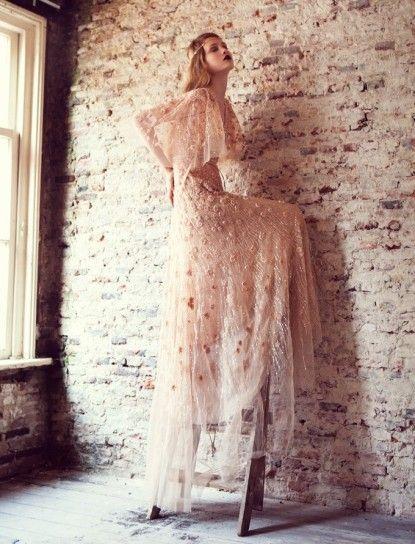 Il tessuto dell'abito da sposa: quale scegliere? [FOTO]