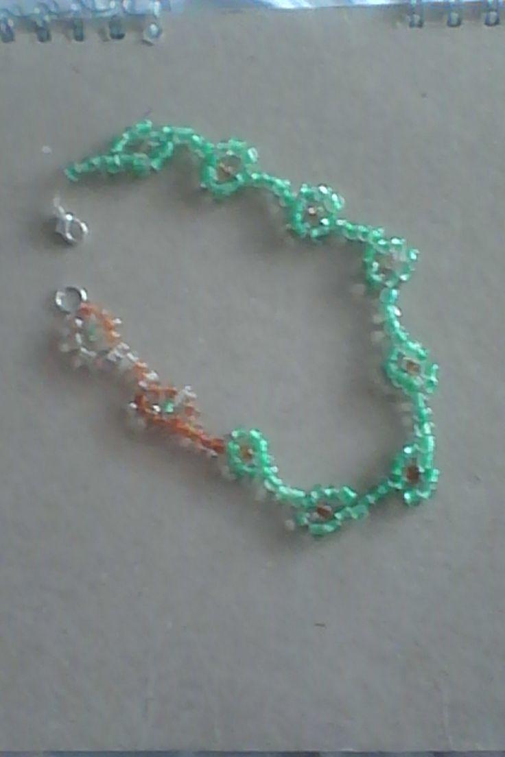 korálkový náramek na nohu / bracelet of beads