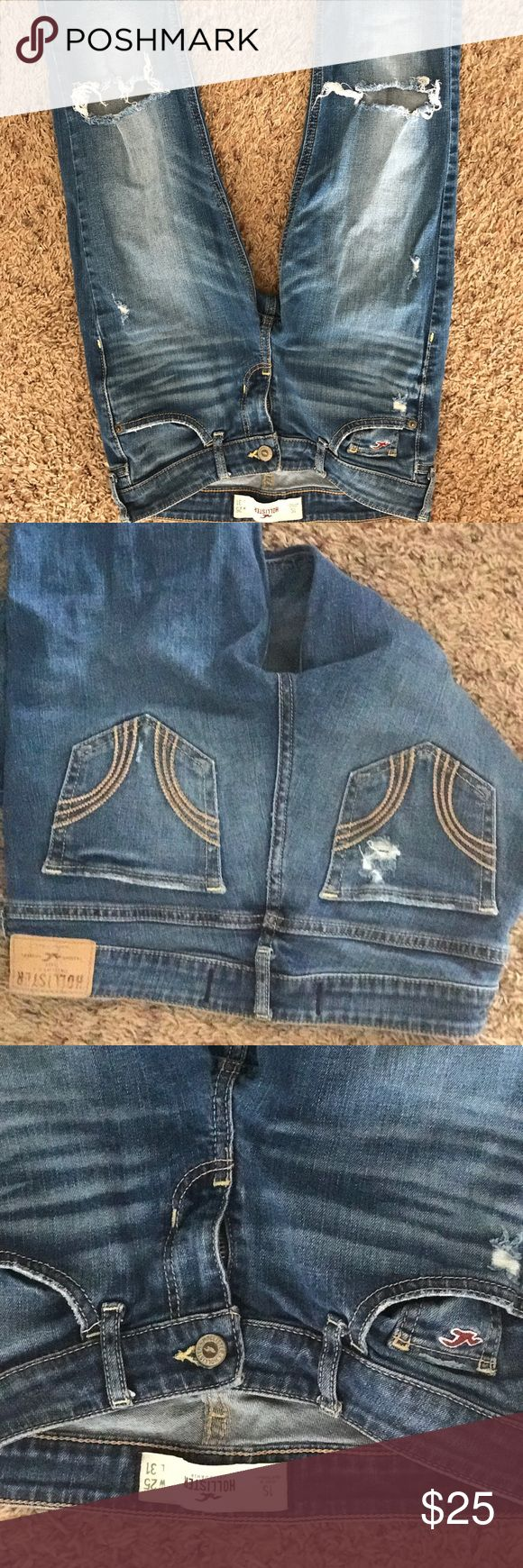 Size 1S Hollister Boot Leg Jean No pulls, rips or stains. In perfect condition! Hollister Jeans Boot Cut
